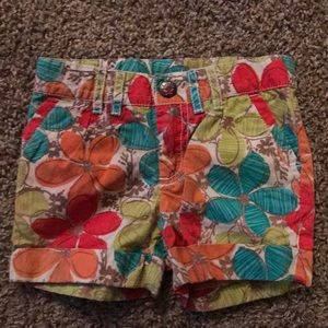 Cherokee Floral shorts, front back pockets